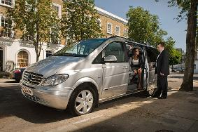 Mercedes Viano prom car hire